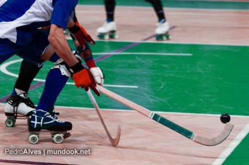 Oliveirense sobe ao concorrido terceiro lugar - Mundo Do Hóquei